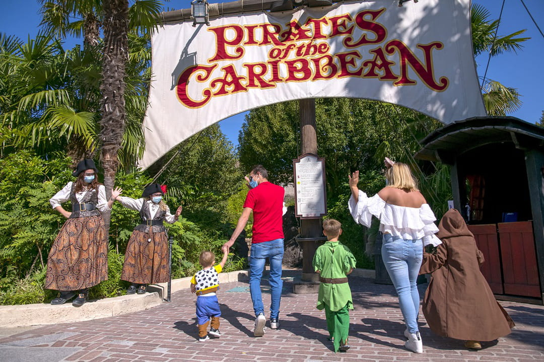 attraction-pirates-des-caraibes-disneyland-paris