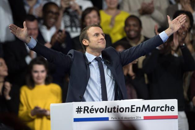 """Emmanuel Macron s'est mis """"En marche"""""""