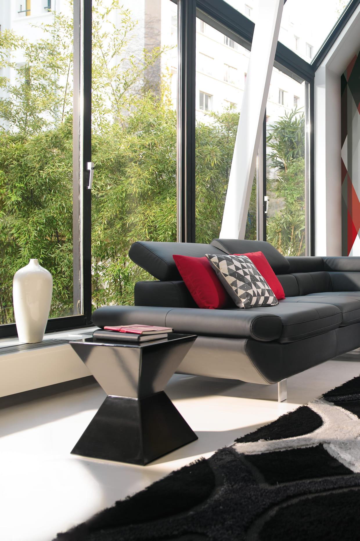 table d 39 appoint haku par conforama. Black Bedroom Furniture Sets. Home Design Ideas