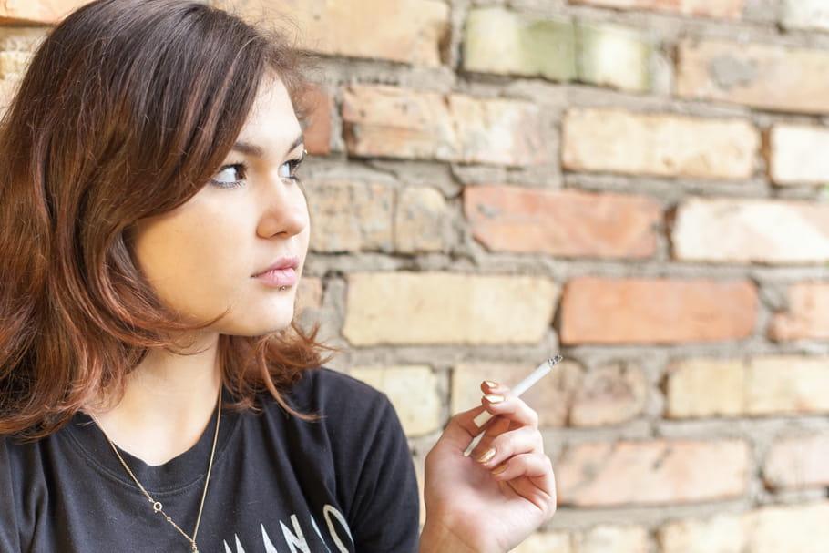 Un lien entre tabagisme, stérilité et ménopause