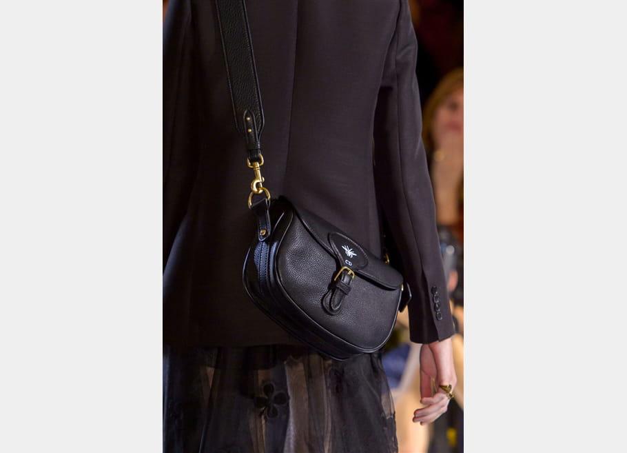 Christian Dior (Close Up) - photo 30
