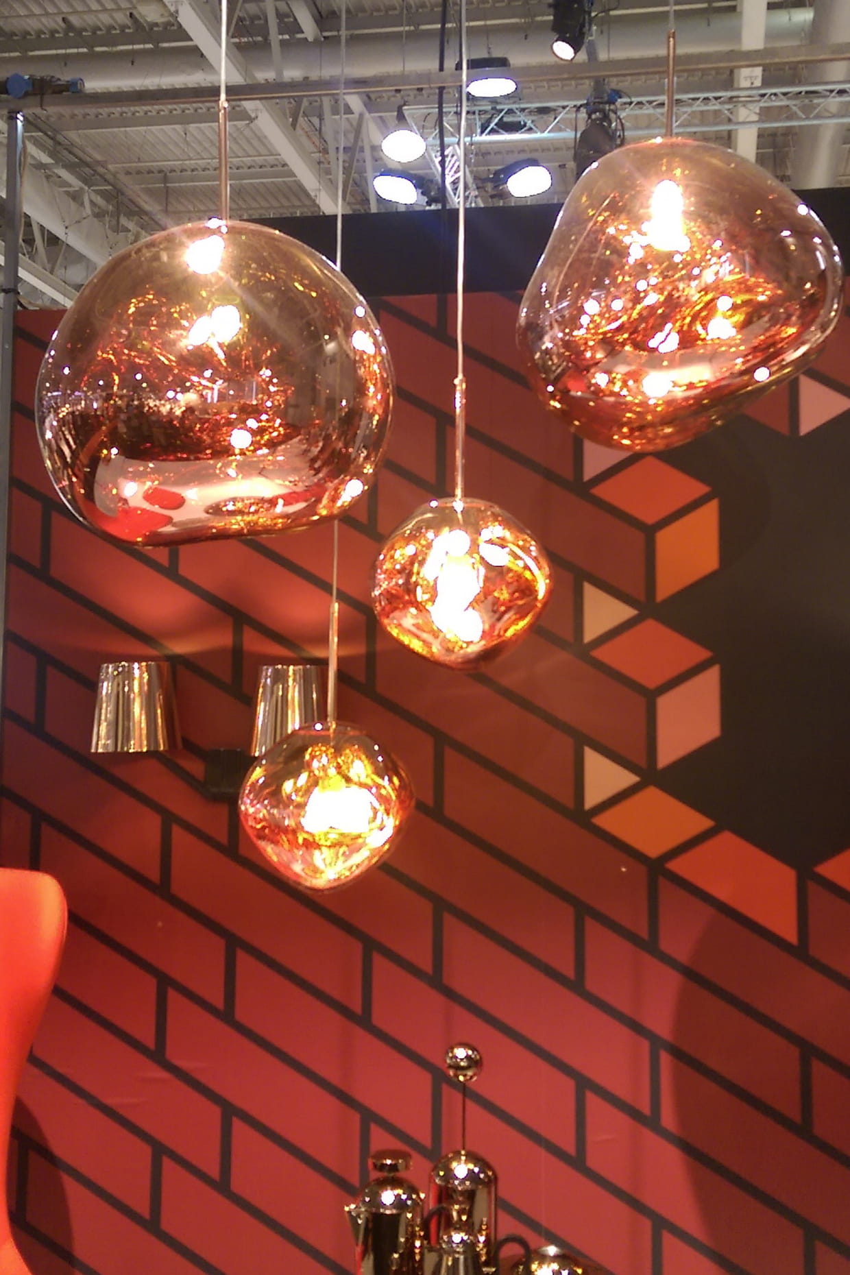 suspensions melt copper de tom dixon. Black Bedroom Furniture Sets. Home Design Ideas