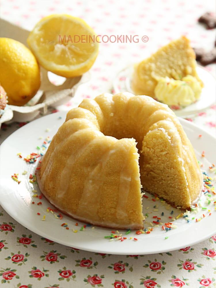 recette de g teau moelleux au citron avec gla age la. Black Bedroom Furniture Sets. Home Design Ideas