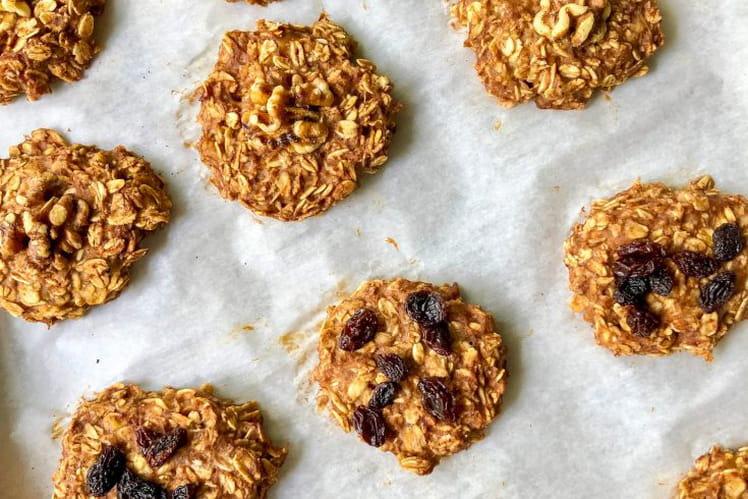 Healthy biscuits à la banane, à la pomme et à la noix de coco