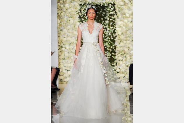 La robe en dentelle Reem Acra