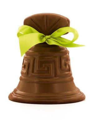 cloche en chocolat au lait les chevaliers d'argouges chez monoprix