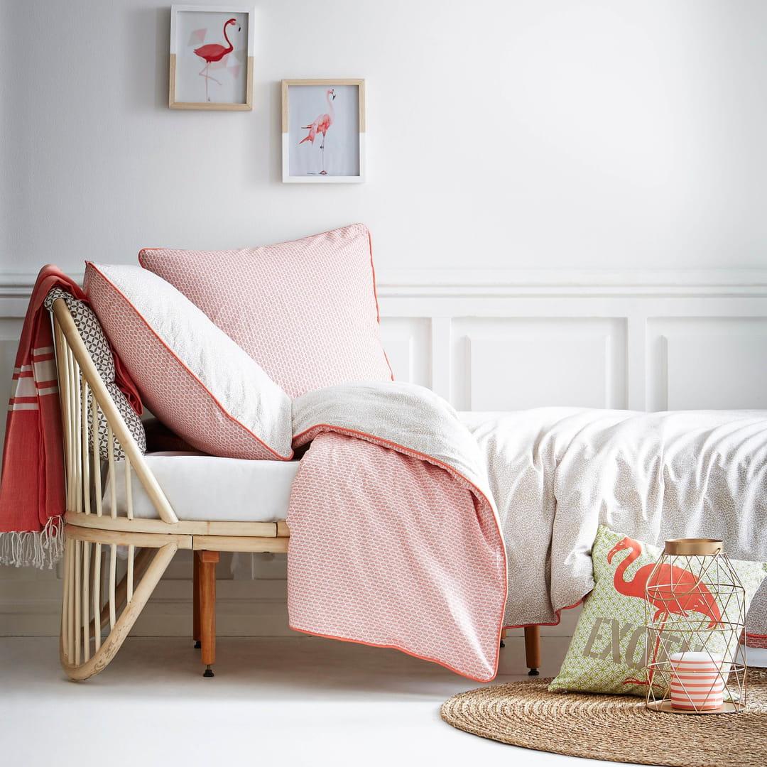 pour ou contre l 39 imprim flamingo. Black Bedroom Furniture Sets. Home Design Ideas