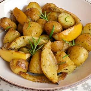 pommes de terre au four, citron et romarin