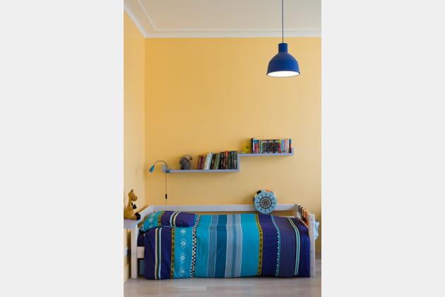 du linge de lit turquoise et bleu. Black Bedroom Furniture Sets. Home Design Ideas