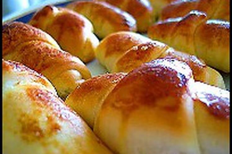 Pogça (pain fourré au fromage)