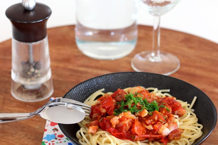 Spaghetti tomate et lardons