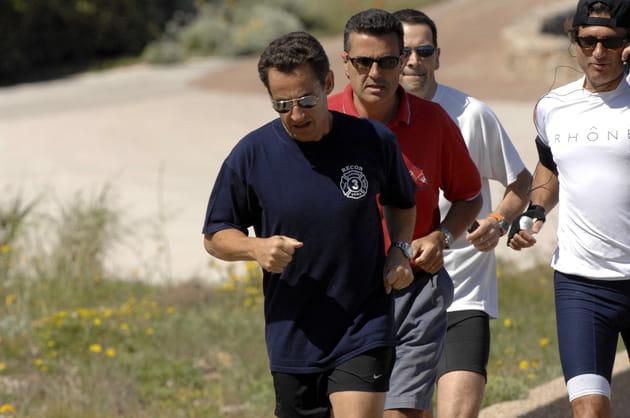 Nicolas Sarkozy fait son footing dans l'enceinte du fort de Brégançon (2007)