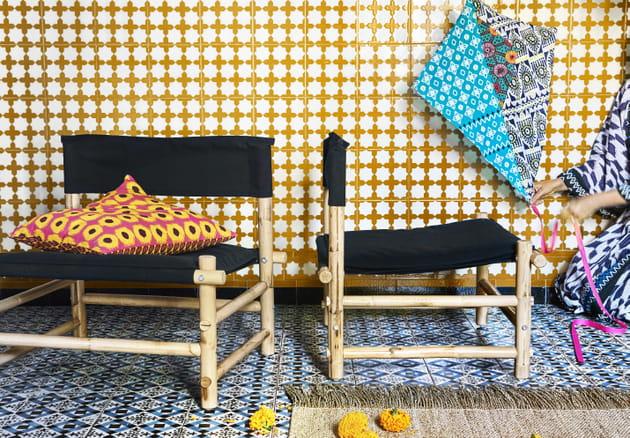 Chaise en rotin et toile