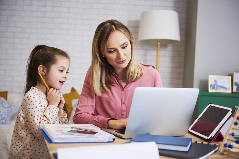 Ecole obligatoire à 3ans: fin de l'instruction à domicile, que prévoit la loi?