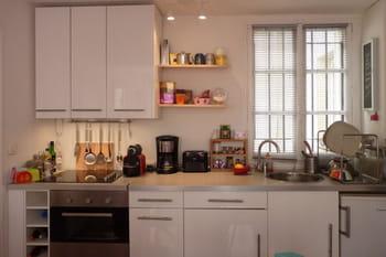 cuisine ikea dans un petit espace. Black Bedroom Furniture Sets. Home Design Ideas