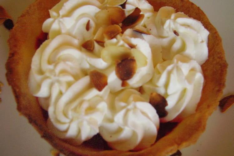 Tartelettes amandes, framboises et  chantilly
