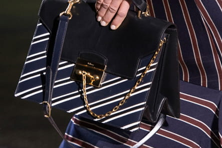Mulberry (Close Up) - photo 22
