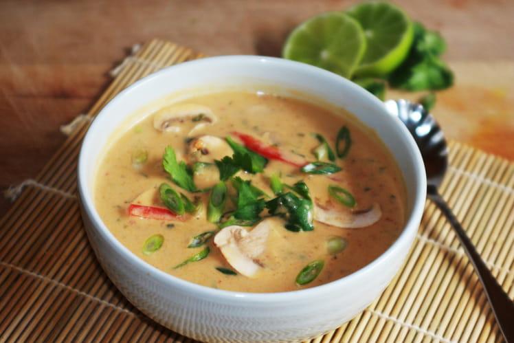 Soupe de coco épicée à la dinde et aux légumes, Tom kha gai revisité à la Diddyine