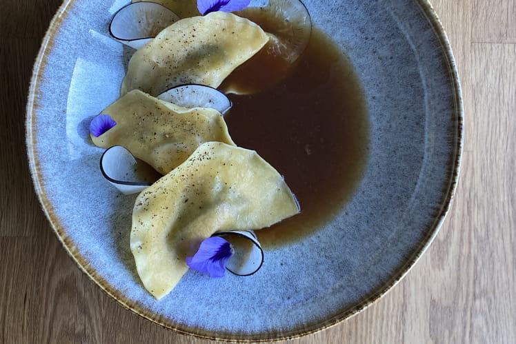 Ravioles foie gras bouillon shitaké