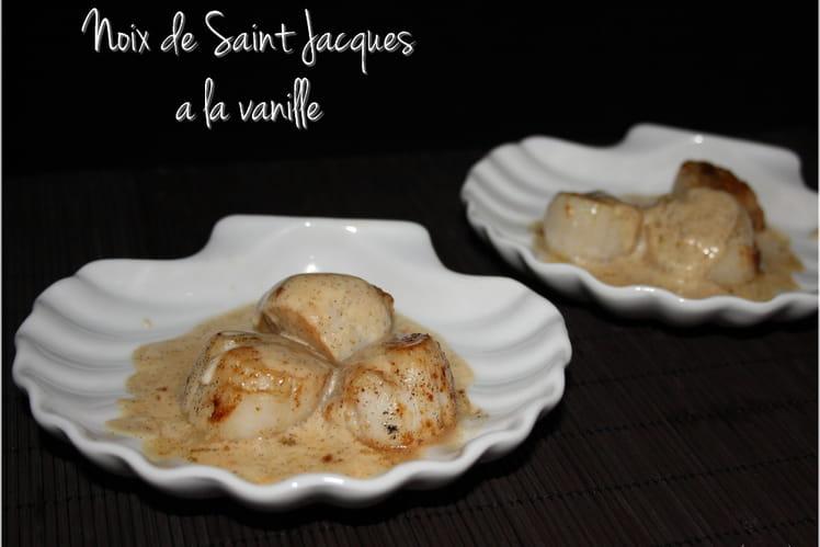 Noix de Saint Jacques à la crème vanillée