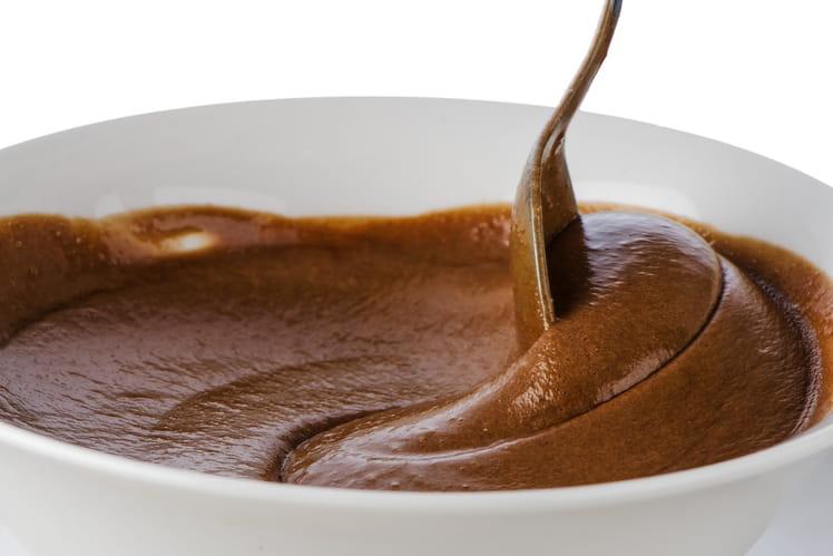 Mousse au chocolat pour gâteau