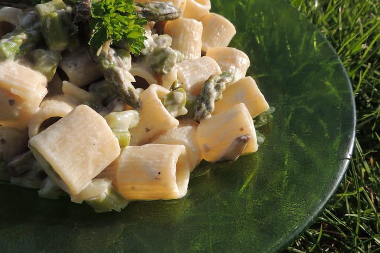 Pâtes Mezze Maniche aux asperges vertes