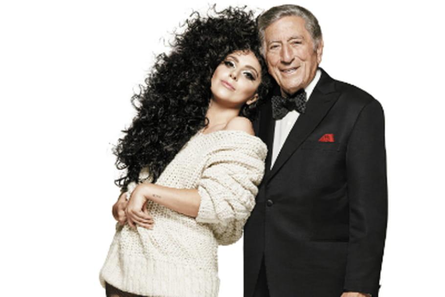 Lady Gaga illumine H&M pour les fêtes