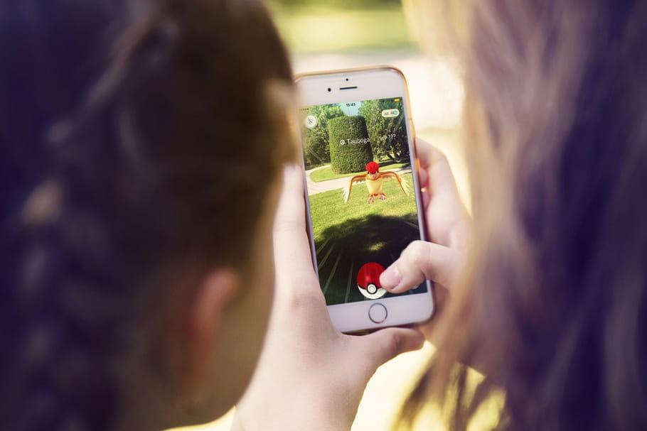 Najat Vallaud-Belkacem chasse les Pokémon rares des écoles
