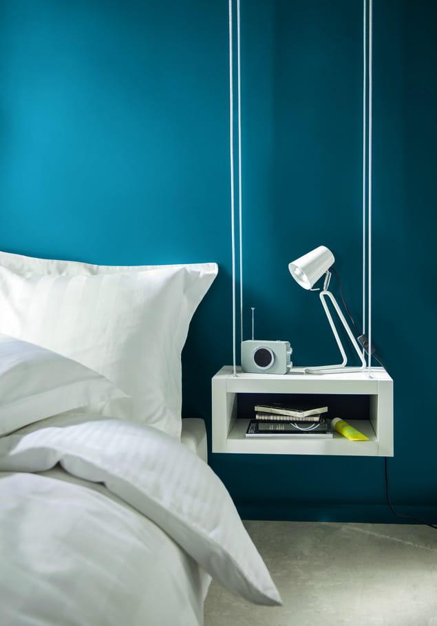 peinture bleu prusse par castorama peinture bleue et verte de l 39 exotisme sur nos murs. Black Bedroom Furniture Sets. Home Design Ideas