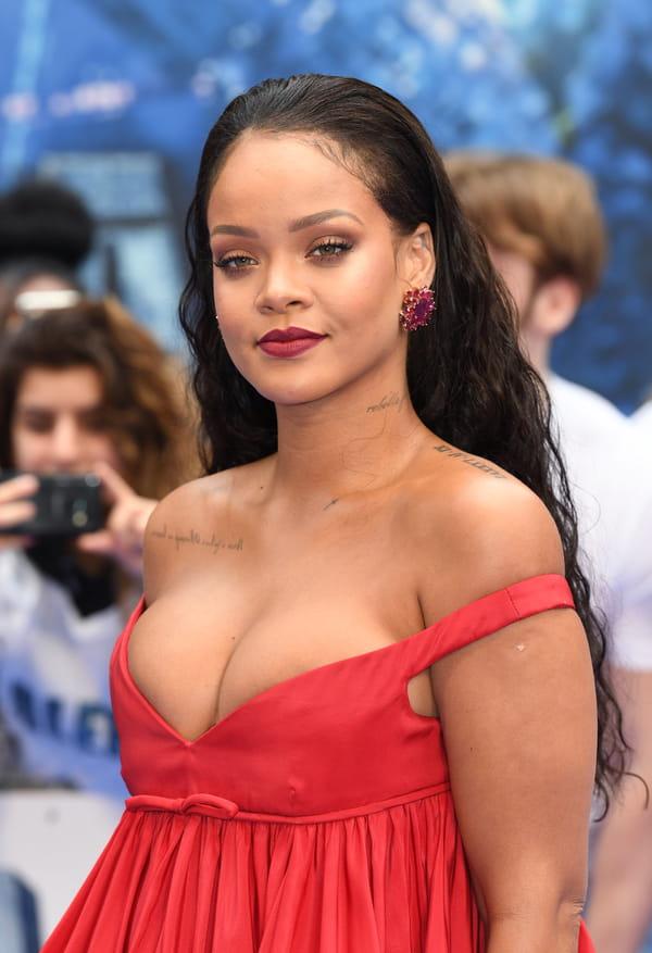 Rihanna pour valerian sa robe rouge sous les projecteurs - Rihanna poids taille ...