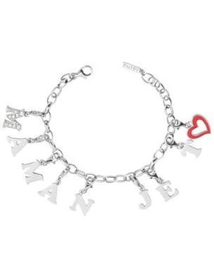 le bracelet en argent de agatha