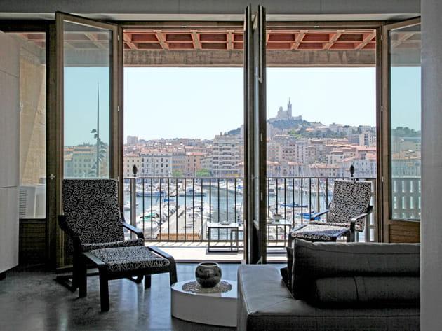 Face au Vieux-Port de Marseille