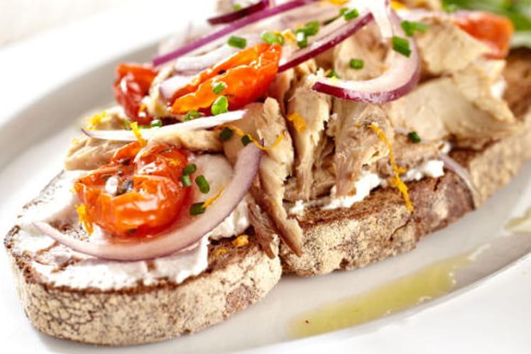 Recette de gourmandise de maquereaux aux oignons rouges - Cuisiner des maquereaux ...