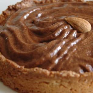 tartelettes mousseuses au chocolat et à la banane