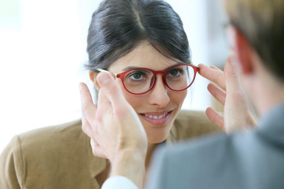 Acheter ses lunettes sans ordonnance : le coup de pouce pour les opticiens énerve les ophtalmos