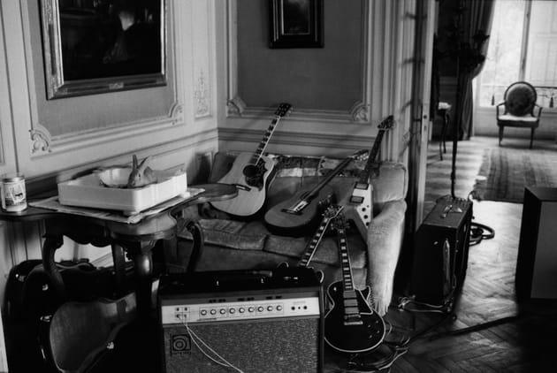 Un lapin et des guitares