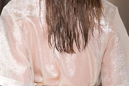 Daizy Shely (Close Up) - photo 14