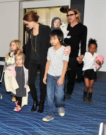 La famille Jolie-Pitt au complet en 2011