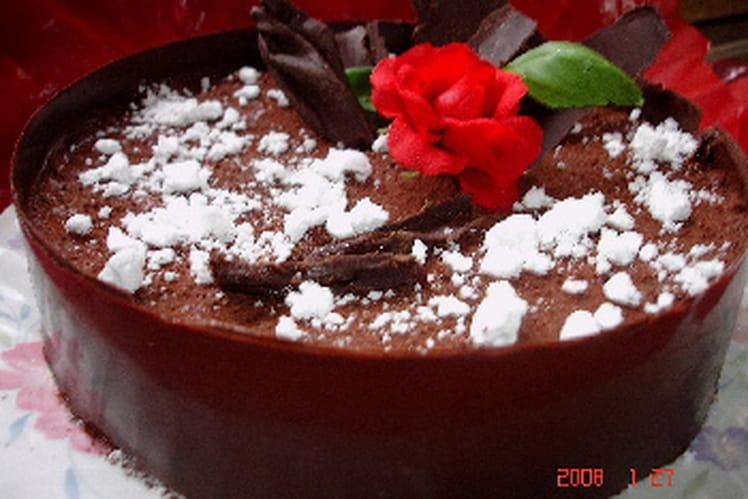 Gâteau au chocolat mi-cru, mi-cuit