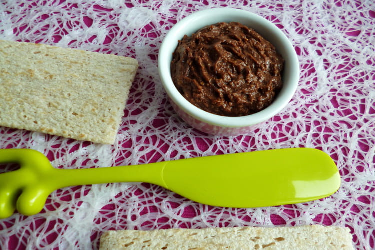 Tartinade diététique végane au cacao cru et au souchet