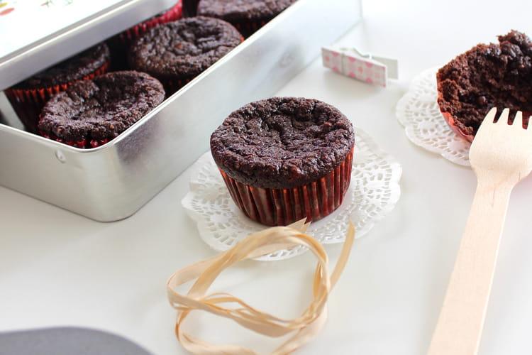 Fondant au chocolat sans farine, sans beurre et sans sucre