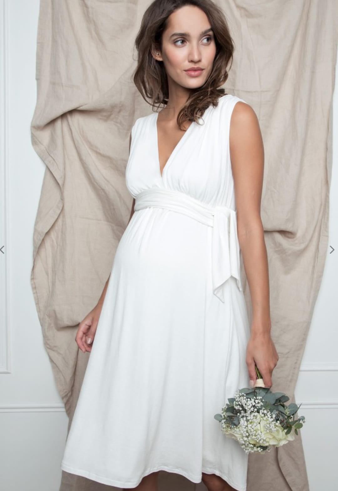 belle qualité gamme complète d'articles nouveau pas cher Où acheter sa robe de mariée de grossesse ?