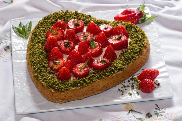 Sablé breton en coeur aux fraises, crème caramel