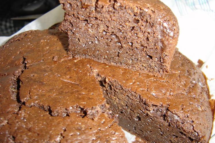 Gâteau fondant au chocolat et au lait de coco