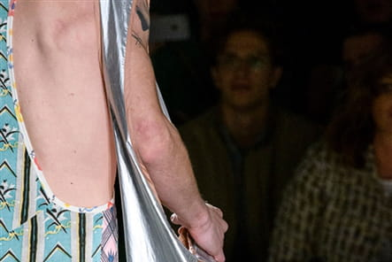 Vivienne Westwood (Close Up) - photo 37