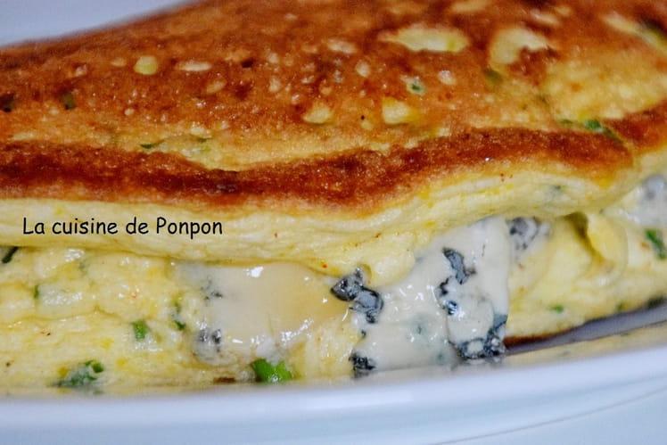 Omelette aérienne à la ciboulette et à la Fourme d'Ambert