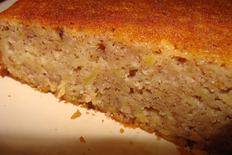 Gâteau aux pommes, oranges et cannelle