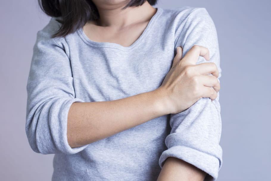 Douleur au bras gauche: le signe de quoi?