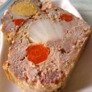 pain de viande carottes et oeufs durs