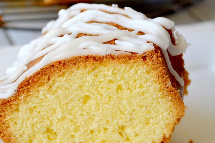 Babka au citron, ou gâteau polonais